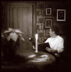 readingtabledoor