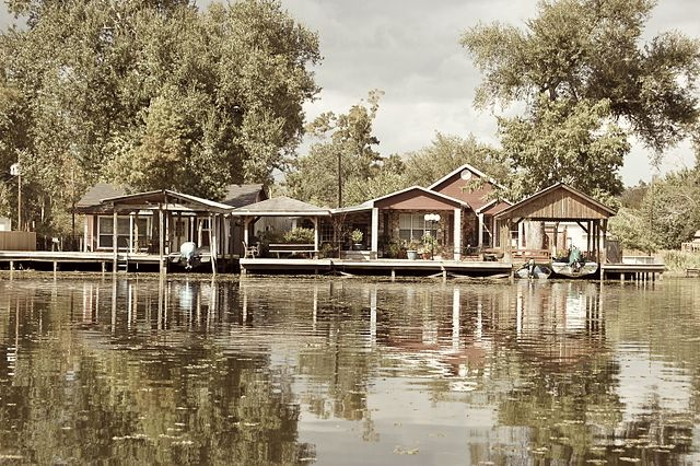 Louisiana Bayou Houses